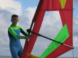 Gegen den Wind! Windsurfen für 13-17-Jährige auf Sylt