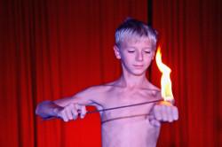 Hier ein Tipp: Sommerferien im Zirkus Schnipp