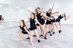 Dance Weekend:  ausgebucht - für Warteliste bitte unter 09741/913200 oder info@volkersberg.de melden!